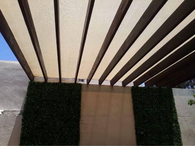 Instalación de lona transparente para terrazas
