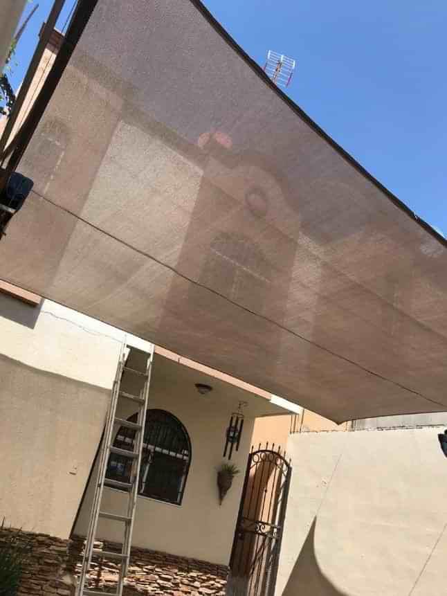 Malla sombra color arena en Tijuana